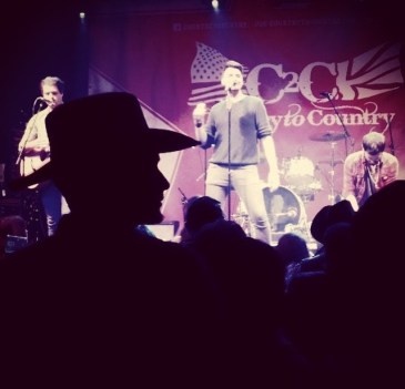 C2C 2016 - COOL COWBOY LISTENING TO THE PAUPER KINGS