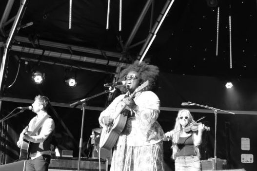 YOLA CARTER AT CANARY WHARF