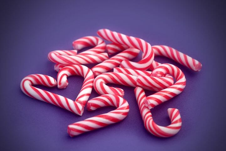 5 Holiday Foods That Are The Worst Bad-Breath Culprits
