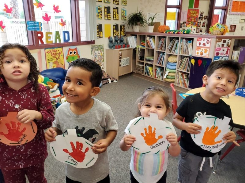 Thanksgiving: DSUSD Preschoolers Give Thanks