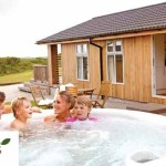 Hoseasons last minute Holiday offers with 72% off breaks starting from just £79