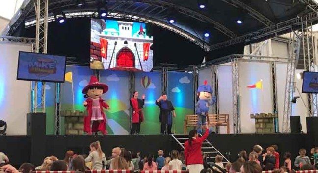 Butlins Entertainment - Mike The Knight