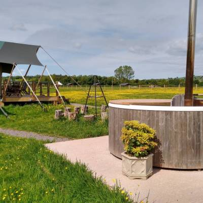 5856 Safari-tents-at-Middle-Stone-Farm