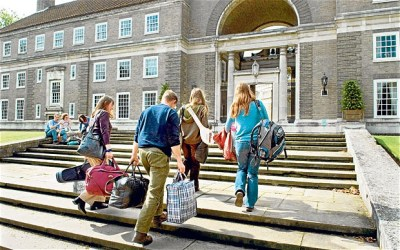 How to find student accommodation in August.