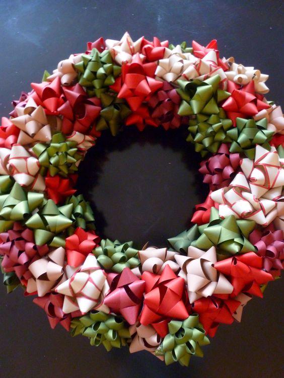 20 Strikingly Unique Christmas Wreath Ideas