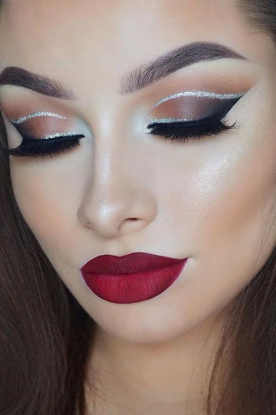 12 Holiday Makeup Looks To Copy This Season