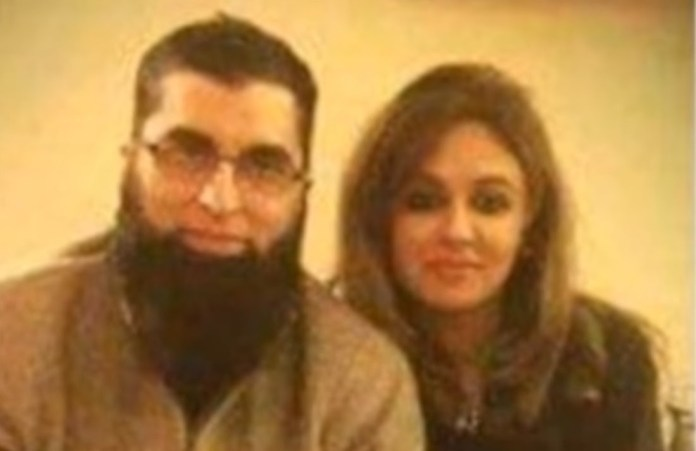 junaid jamshed with his second wife Nahya Jamshed