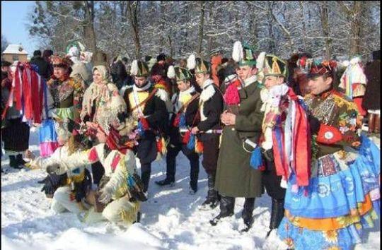 Картинки по запросу новорічні українци празднуют