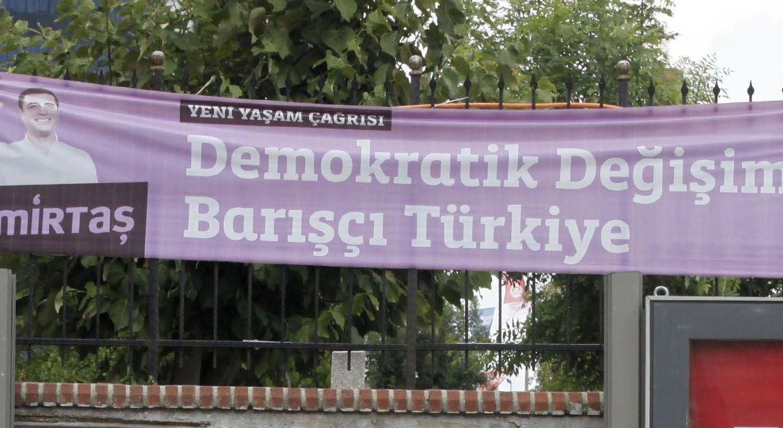 Selahattin_Demirtaş_presidential_campaign_2014