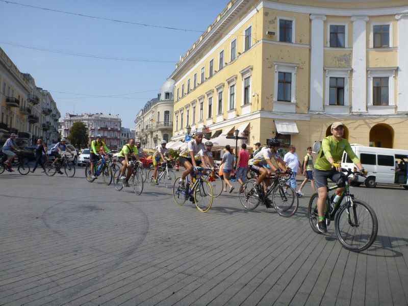 """Благодійний велопробіг """"Українці в Європі"""""""