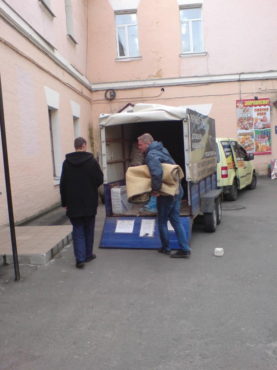 Київський військовий шпиталь та київська лікарня швидкої допомоги отримали допомогу