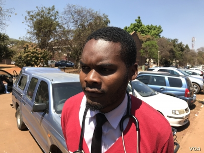 Peter Gabriel Magombeyi, acting president of the Zimbabwe Hospital Doctors Association, pictured in Harare in Sept. 3, 2019, was reportedly abducted from his home over the weekend.(C. Mavhunga/VOA)