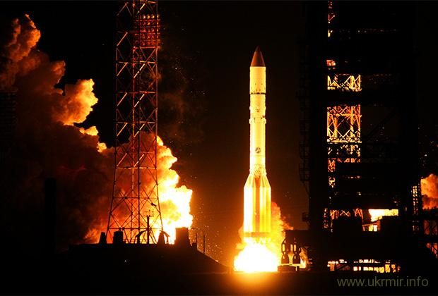 «Роскосмос» просит денег на самую бесполезную и дорогую ракету