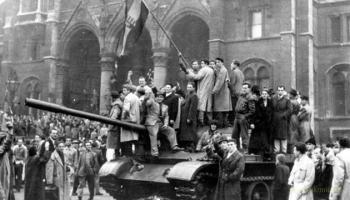 23 жовтня угры восстали против коммунистического режима, бунты жестко подавила Москва