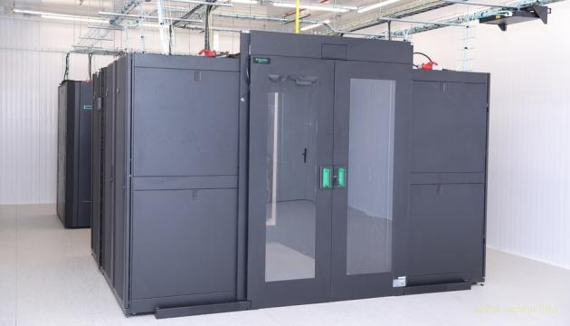В Украине запустили суперкомпьютер - 300 триллионов операций в секунду