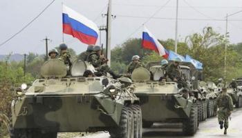 """Агресор Росія перекидає на лінію зіткнення танки та """"Гвоздики"""""""