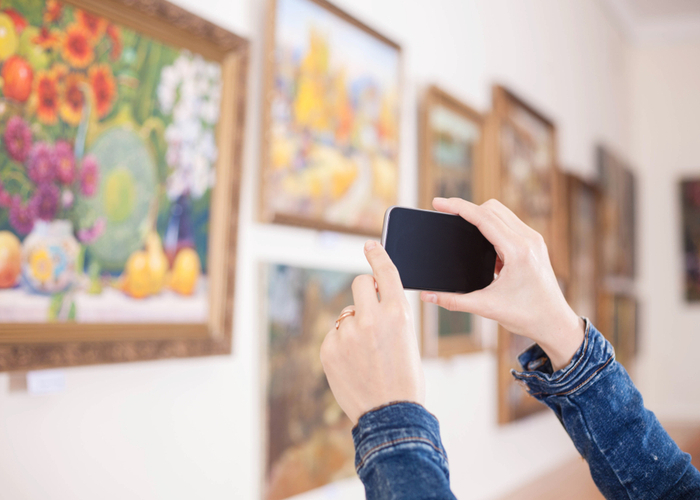 ", Shutterstock Launches ""View in Room"" Augmented Reality for Mobile"