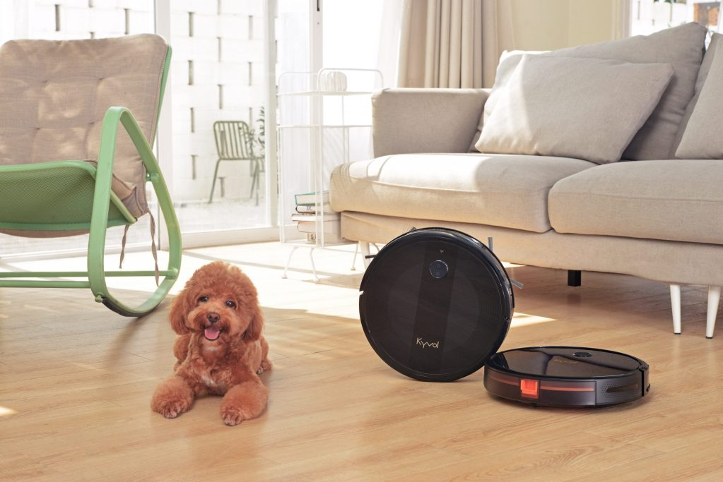 New Cybovac robot vacuum cleaner includes tech inspired by insects