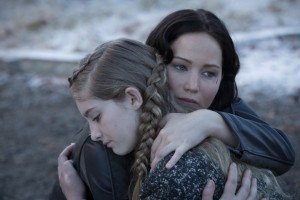 movies-the-hunger-games-catching-fire-prim-katniss