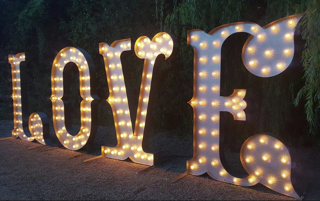 HIRE LIGHT UP LETTERS