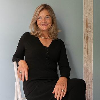 Annette Blandinieres, Annette B.