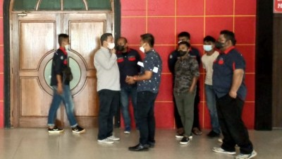 Ditolak Masyarakat Penyengat, Pengukuhan Sultan Riau Lingga Akhirnya Ditunda