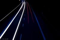 Lichtspuren in der Nacht