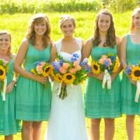 Penting Gak Sih Seragam Panitia di Resepsi Pernikahan?