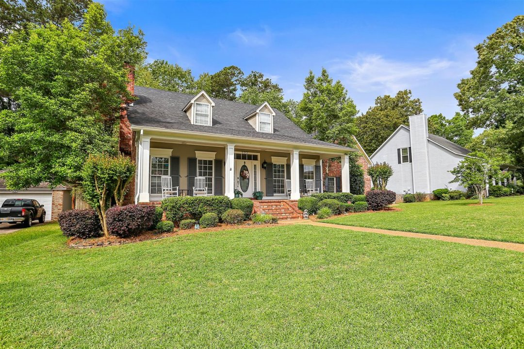 02-693 Country Pl Dr