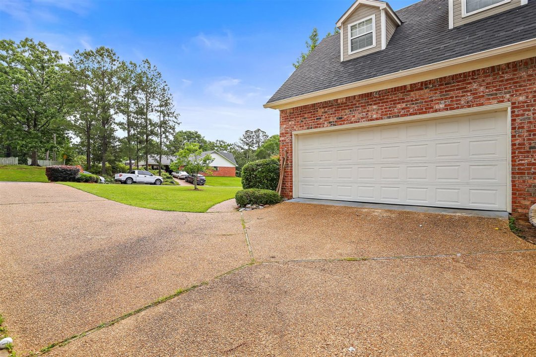 04-693 Country Pl Dr