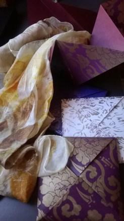 silk scarf/pañuelo de seda