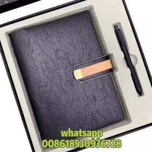 Trends 2021 ideas new small MOQ gift set gratitude pink journals for women diary set 2021 debossed notebook and pen metal buckle