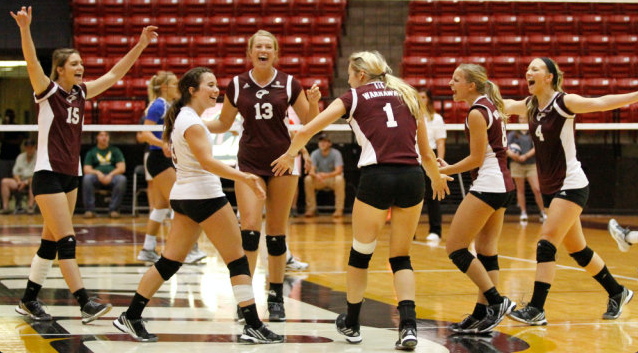 Five set fight ends with Warhawk win