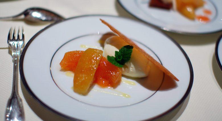 Dessert: Arlettes Caramelisees au Fromage Blanc