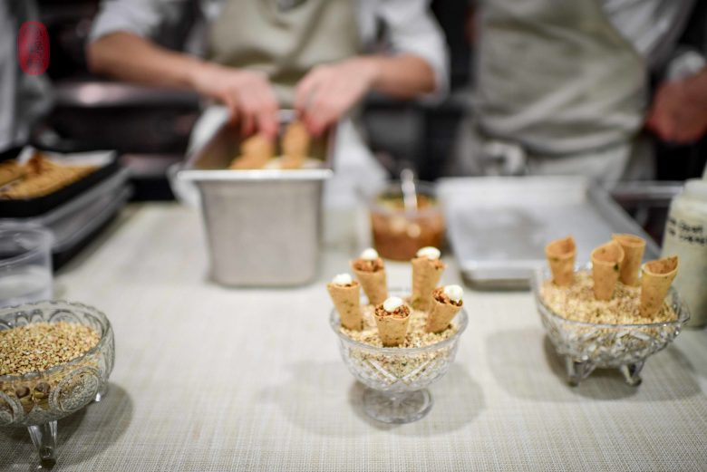 Canapé: Chicken Cornets
