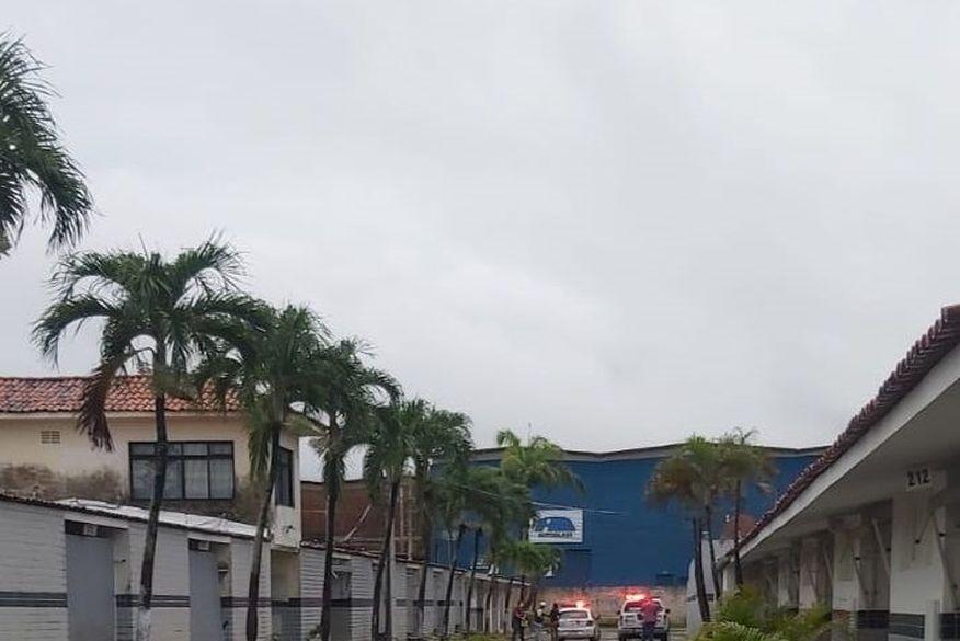 Mulher é presa após tentar matar homem durante o sexo em motel na Grande João Pessoa