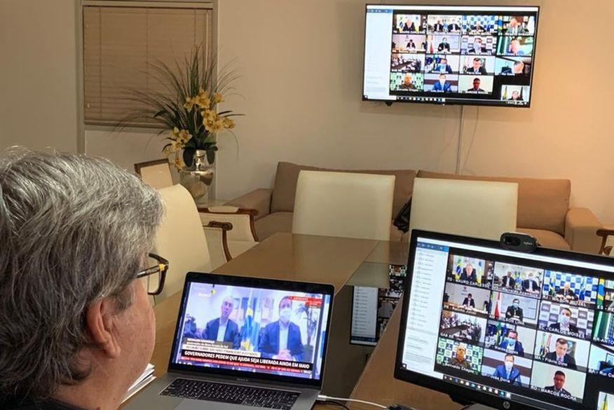 João Azevêdo diz que reunião com Bolsonaro foi respeitosa e espera que primeira parcela do socorro aos Estados seja paga ainda em maio