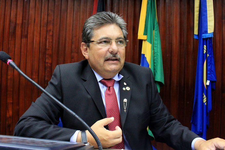 Adriano Galdino tem conversa com presidente do Avante e confirma que será empossado como presidente da sigla na Paraíba