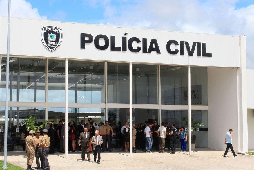 Trio é preso suspeito de aplicar golpes contra clientes de supermercado em Santa Rita