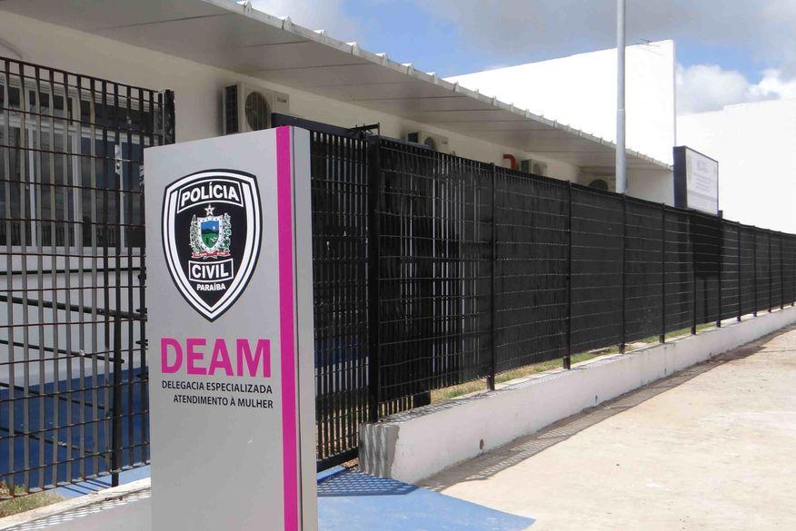 Polícia Civil prende suspeito após ameaçar de morte, agredir e rasgar roupas de ex-companheira em João Pessoa