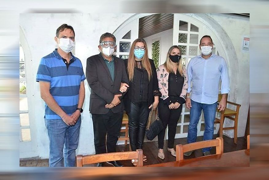 Eliane Galdino, esposa do deputado Adriano Galdino, assume a presidência do Avante na Paraíba?