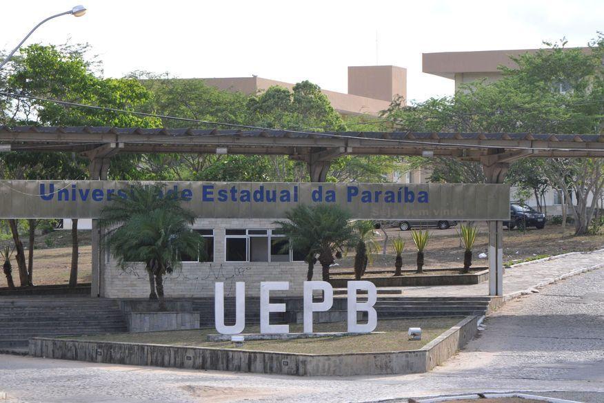 UEPB concederá a estudantes em situação de vulnerabilidade bolsa de R$ 1 mil para compra de equipamentos para aulas remotas