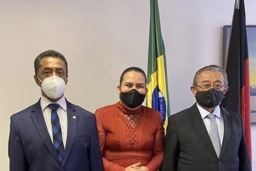 Em Brasília, prefeita de Bayeux conseguiu dois milhões em recursos para a UPA do município