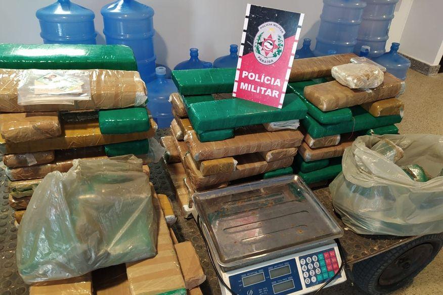 Polícia Militar apreende 77 quilos de drogas em apartamento no bairro Valentina Figueiredo, em João Pessoa
