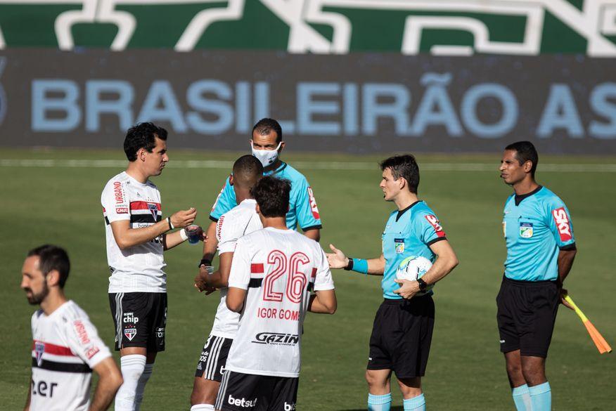 Jogo entre Goiás e São Paulo é suspenso por casos de Covid