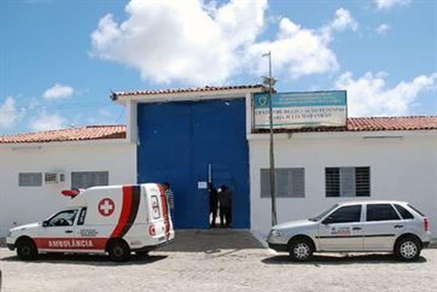 Suspeita de matar marido a tiros em Gramame é encaminhada para o Presídio Feminino Júlia Maranhão