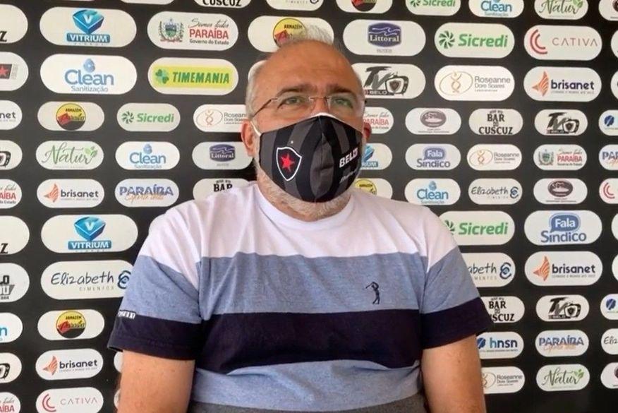 Após derrota para o Treze e pressão de torcedores, presidente do Botafogo-PB anuncia demissão do técnico do clube