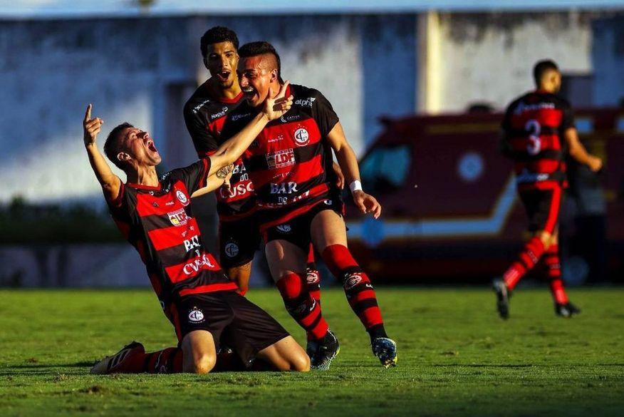 Campinense vence Sousa e fica a um empate de conquistar a vitória do Campeonato Paraibano 2021