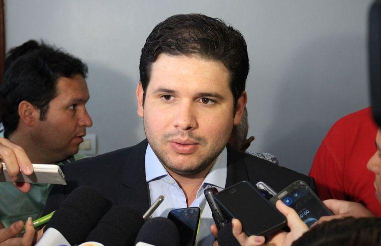 Hugo Motta diz que PEC dos Precatórios deverá resolver problema das famílias vulneráveis e pede ajuda de parlamentares para relatório