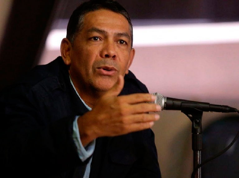 Castillo: Popular communication rescued the institutionality in 2002